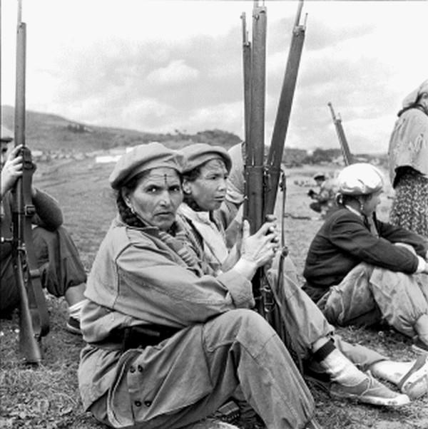 tableaux femme algérienne et le haïk